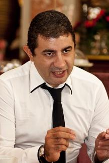 ATIF ÜNALDI (1)